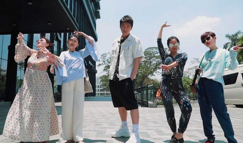 信空降緬甸與「四姊妹」一同錄製《我們是真正的朋友》。(圖/中天綜合台提供)