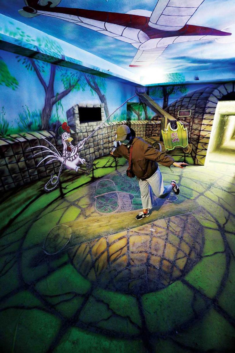 坑道內由在地藝術家畫上3D彩繪,因而成為不少人拍照打卡點。(圖/于魯光攝)
