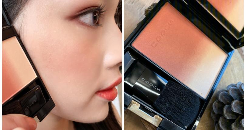 SUQQU最新推出的英國限定版頰彩盤色號#117,就是蜜桃打亮色+橘紅色調腮紅的組合,被稱讚很像是冬日暖陽的溫暖頰彩色。(圖/記者攝影)