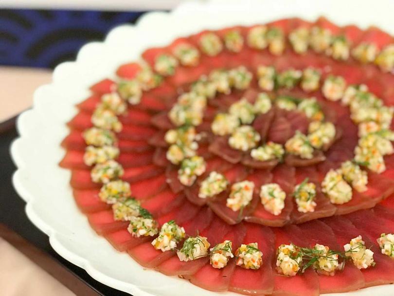 初夏鮪魚醬油漬。(圖/欣葉日本料理提供)