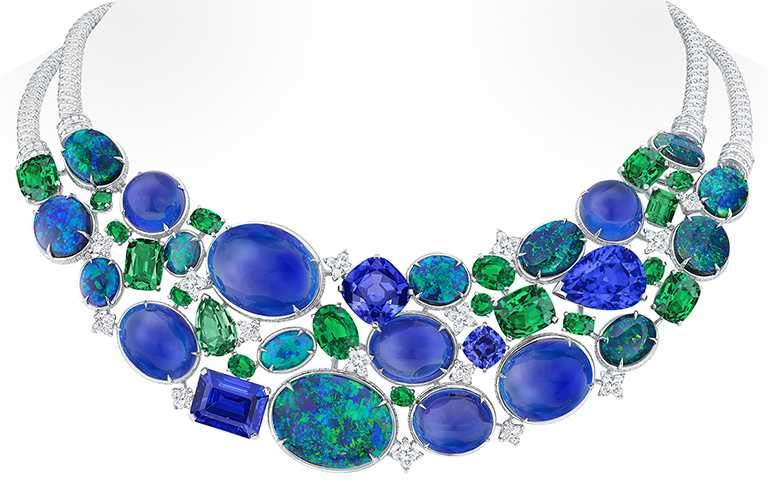 LV「Bravery」高級珠寶系列 ,La Constellation d'Hercule項鍊╱55,100,000元。(圖╱LOUIS VUITTON提供)
