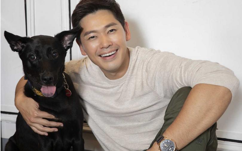 陳羅密歐講到狗狗就露出慈父的神情。(圖/攝影林勝發)