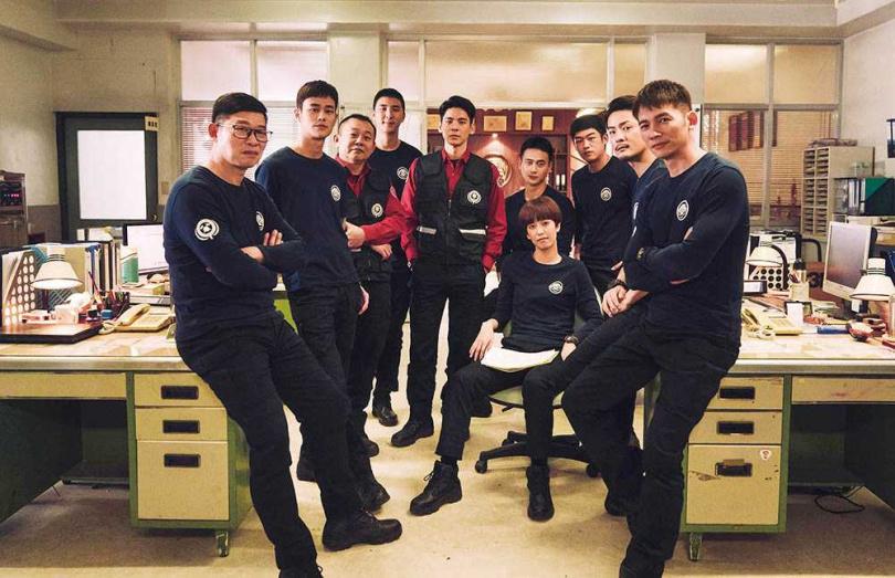 由林柏宏、劉冠廷、陳庭妮及溫昇豪主演的消防職人劇《火神的眼淚》,耗資近億元,被網友評為2021年最受期待的台劇。(圖/公視、myvideo提供)