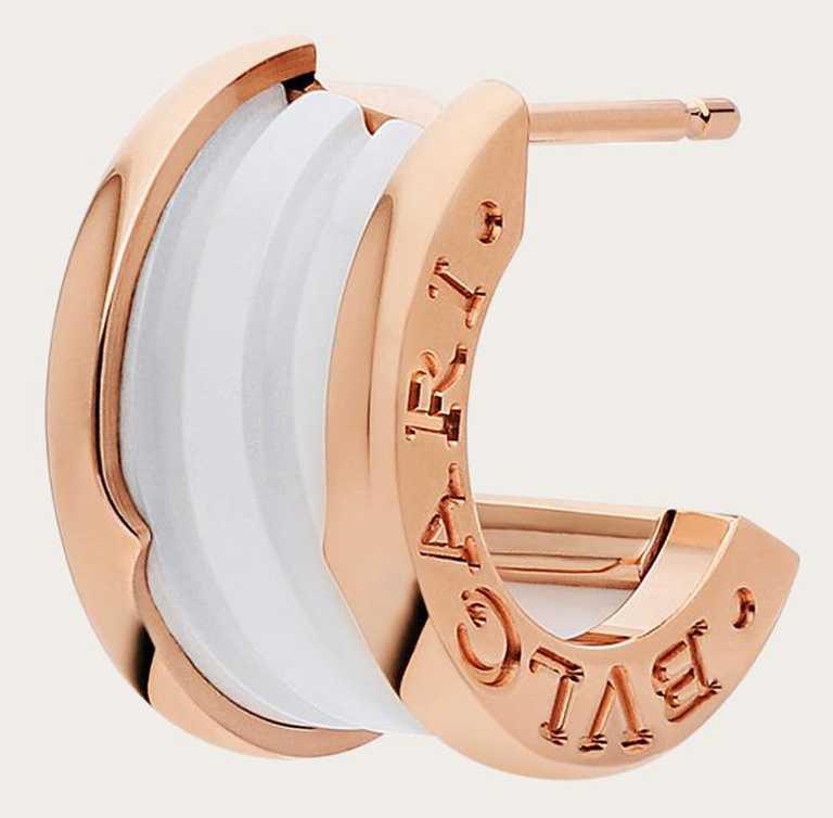 BVLGARI「B.zero1」系列,玫瑰金白陶瓷耳環╱85,400元。(圖╱BVLGARI提供)