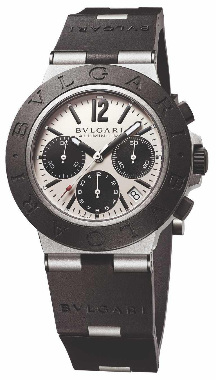 BVLGARI「ALUMINIUM」系列。鋁合金計時腕錶╱131,600元。(圖╱BVLGARI提供)