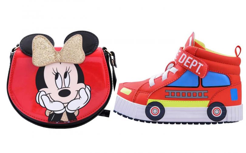 超可愛米奇系列包款和鞋子。(左)米妮包包/399元,運動鞋/699元