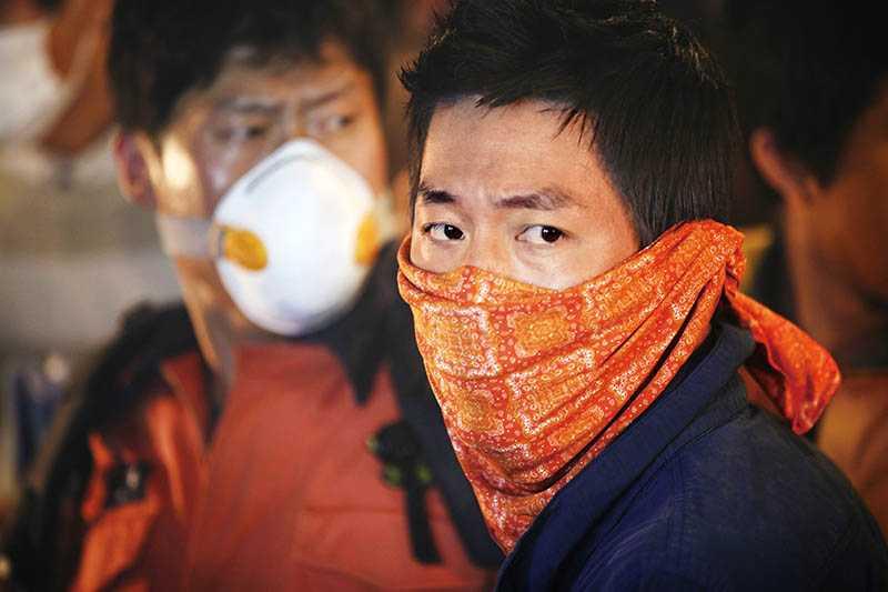 演技派巨星張赫,在片中飾演救難隊員姜智久。(圖/車庫娛樂提供)