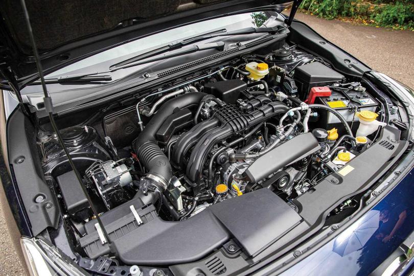 水平對臥式引擎是SUBARU的亮點,急速過彎時就能感受到它的穩定度。(圖/鄭清元攝)