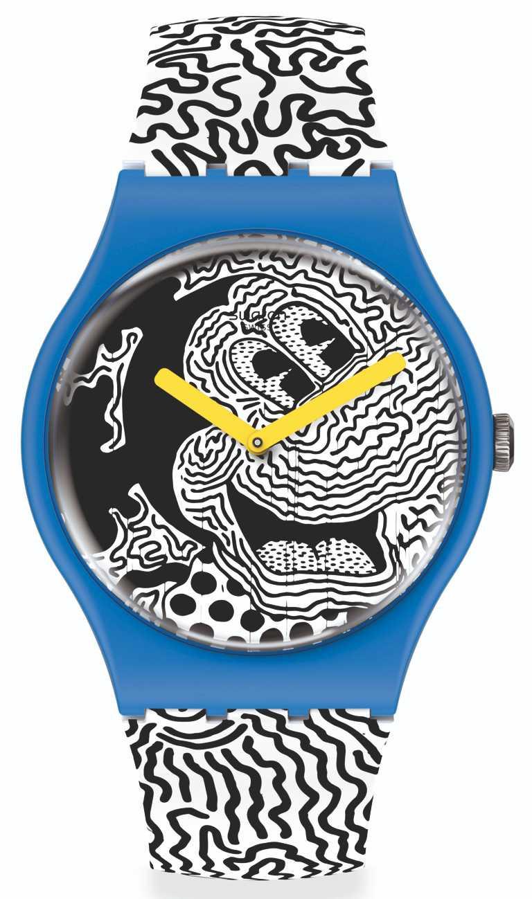 SWATCH「Electic Mickey電流米奇」錶款,以Haring招牌的黑白曲線,展現米奇經典形象╱41mm,6,000元。(圖╱SWATCH提供)