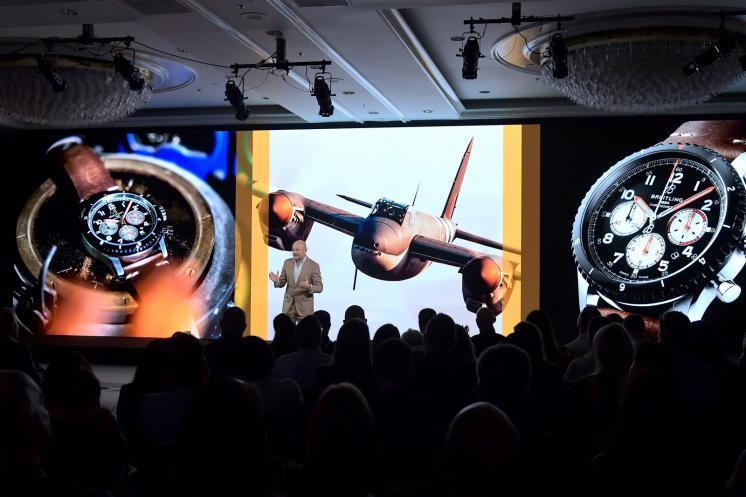9月25日,百年靈在美國洛杉磯舉行Aviator 8 Mosquito及Super Avenger Chronograph 48新款飛行計時碼錶的全球發表記者會。