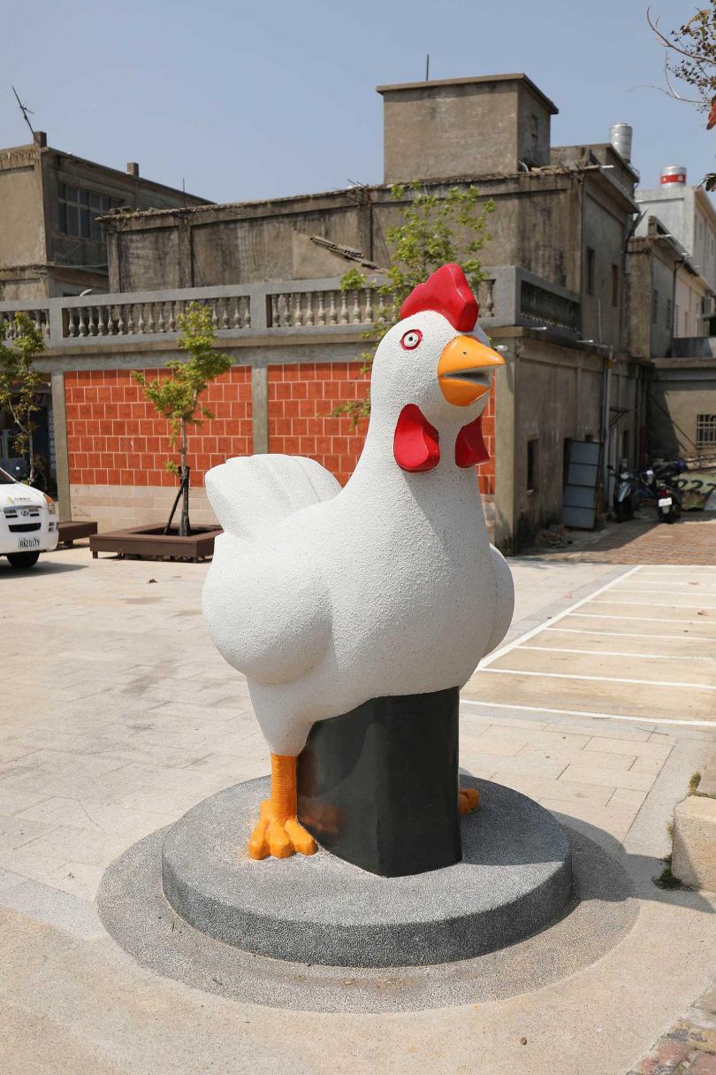 趨吉避凶的吉祥物「風雞」,在烈嶼鄉處處可見。(圖/于魯光攝)