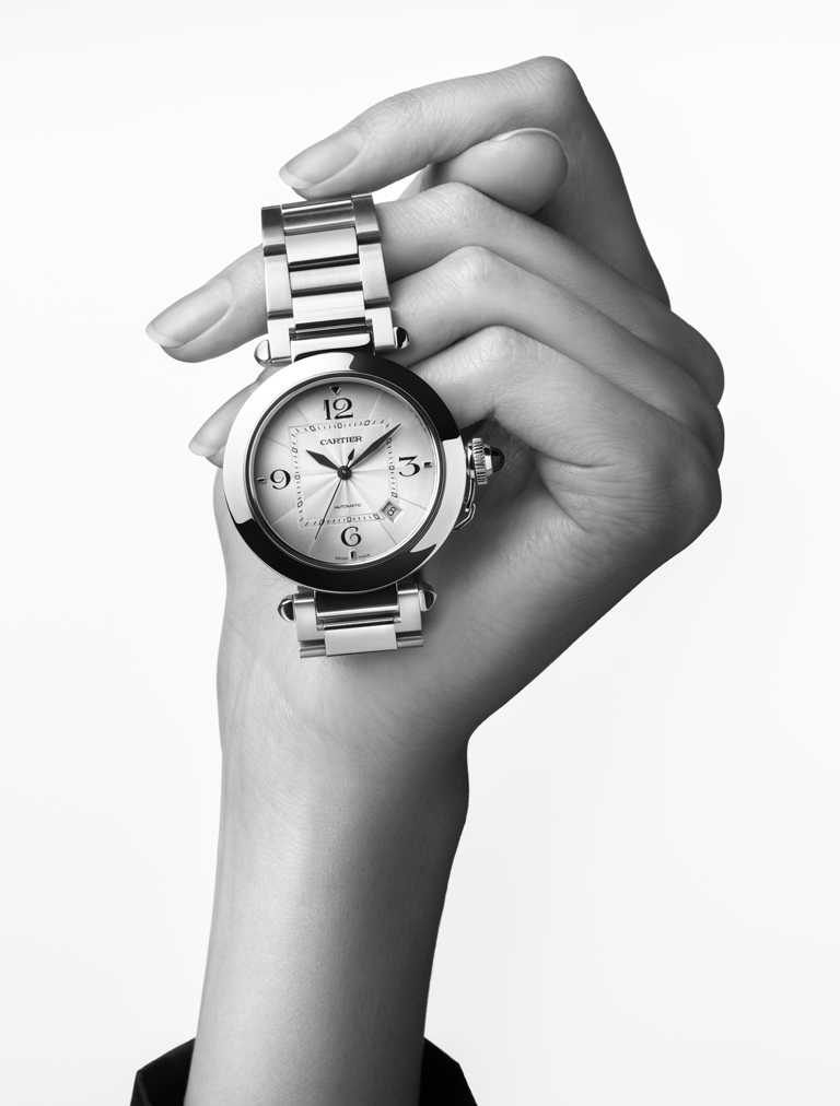 CARTIER「Pasha de Cartier系列」腕錶,精鋼錶殼,錶徑41mm╱206,000元。(圖╱CARTIER提供)