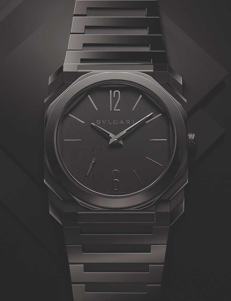 BVLGARI「Octo Finissimo Automatic」超薄自動腕錶,噴砂拋光黑陶瓷錶殼,錶徑40mm╱498,200元。(圖╱BVLGARI提供)