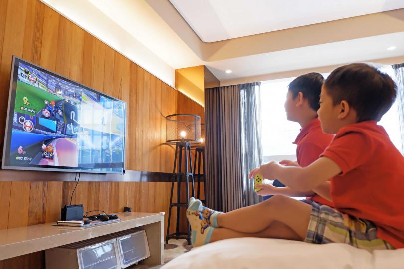 用超過十六坪的套房打造的親子房,讓大朋友小朋友能盡情放鬆,玩到捨不得回家!(圖片提供/Home Hotel信義)