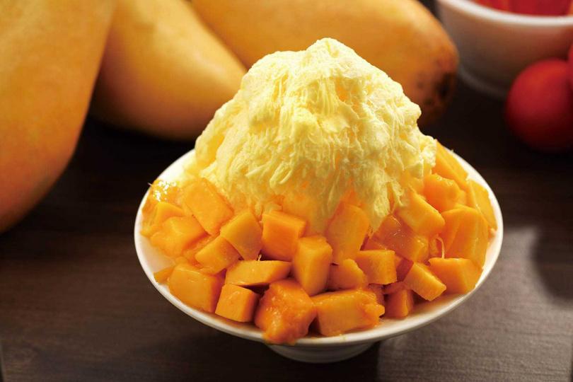 「芒果雪花冰」是愛文芒果搭配雪花冰,綿密滑嫩、香甜過癮。(85元)(圖/于魯光攝)