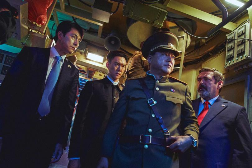 《鋼鐵雨:深潛行動》以北韓核子潛艦作為故事主軸。(圖/甲上提供)