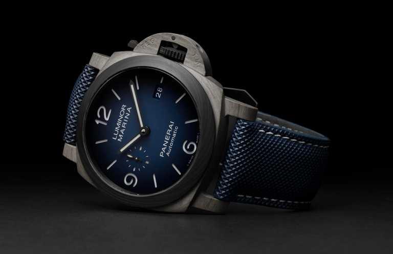 PANERAI「LUMINOR MARINA FIBRATECH」腕錶,精鋼錶殼,錶徑44mm╱504,000元。(圖╱PANERAI提供)
