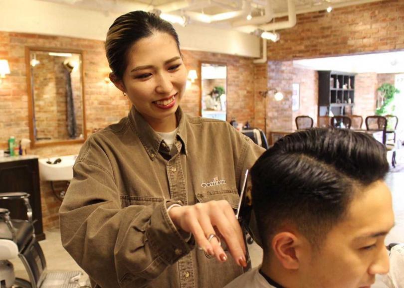 結合現代潮流與90年代搖滾文化的理髮店「TAKESHI'S BARBER」。