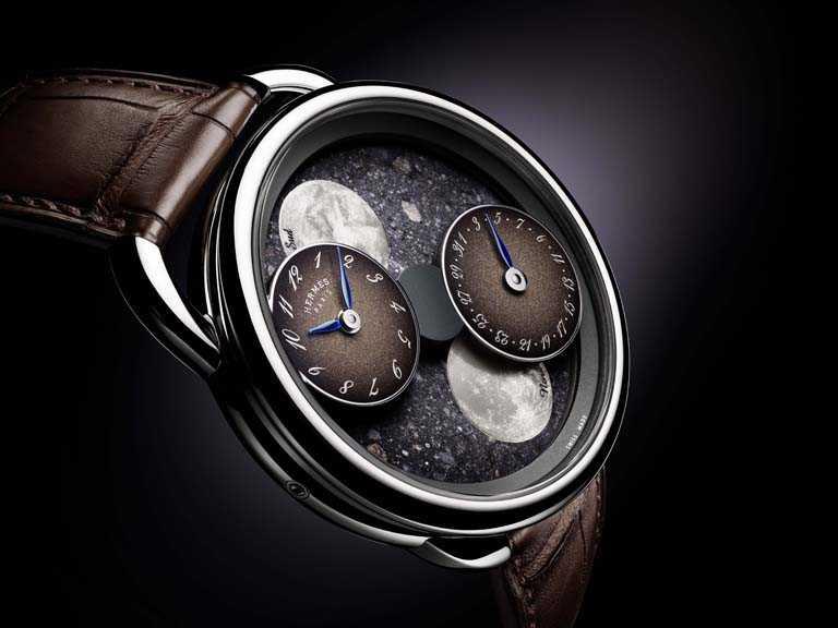 HERMÈS「Arceau L'heure de la lune月讀時光腕錶」,白金錶殼,錶徑43mm,限量30只╱價格店洽。(圖╱HERMÈS提供)
