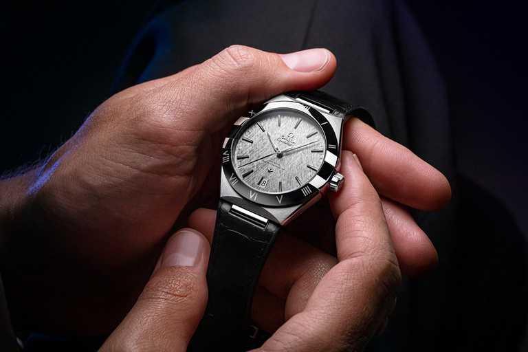 OMEGA「Constellation星座系列」同軸擒縱大師天文台腕錶,不鏽鋼錶殼,41mm╱212,000元。(圖╱OMEGA提供)