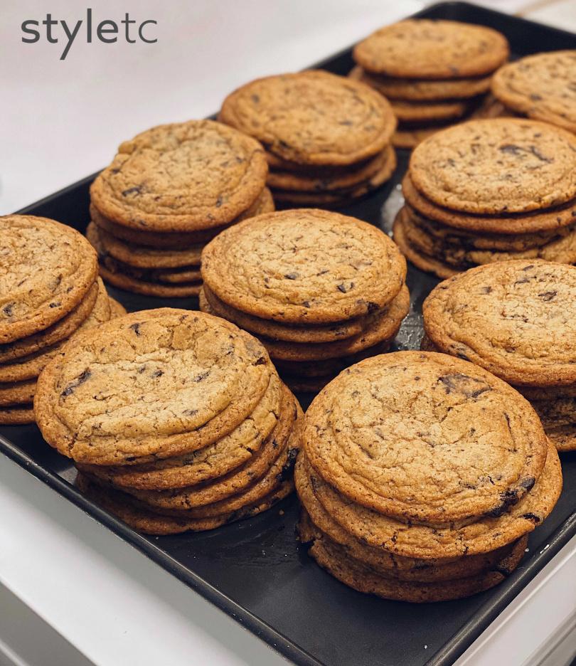 「海鹽巧克力餅乾」,海鹽香融合入布朗尼巧克力的甜,豪不膩口。(80元)(圖/品牌提供)
