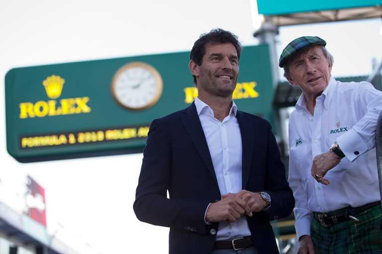 同為ROLEX勞力士代言人的(左)馬克.韋伯(Mark Webber)與(右)傑奇.史都華爵士(Sir Jackie Stewart)兩位傳奇車手,皆到場見證賽事重要時刻。(圖╱ROLEX提供)