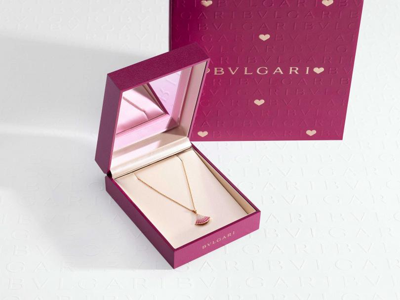 BVLGARI Divas' Dream系列玫瑰金鑽石與粉紅剛玉項鍊(七夕特別推薦款)/143,600元(圖/品牌提供)