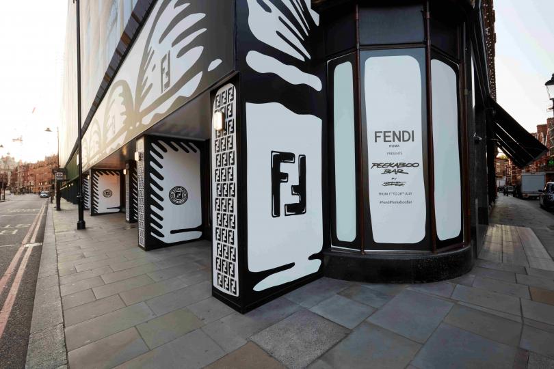 圖說FENDI男裝廣場期間限定店,展出時間為2019年 7月15日至8月15日,在Harrods百貨公司三樓。(圖/FENDI提供)