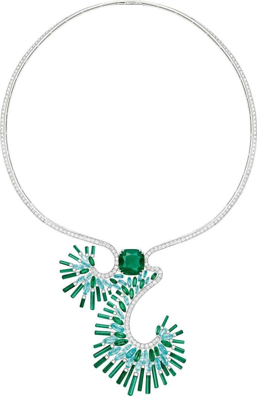 PIAGET「Sunlight Escape」系列╱祖母綠頂級珠寶鑽石項鍊╱29,000,000元。(圖╱PIAGET提供)