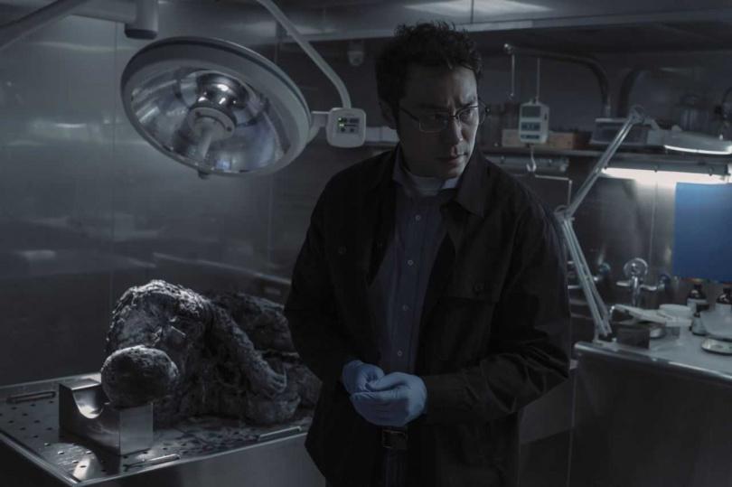 張孝全為《誰是被害者》吃胖。(圖/Netflix提供)