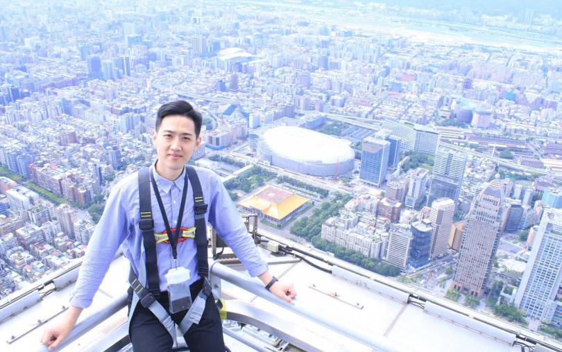 台北101戶外觀景台,從全新高度飽覽台北城市美景。(圖/KLOOK提供)