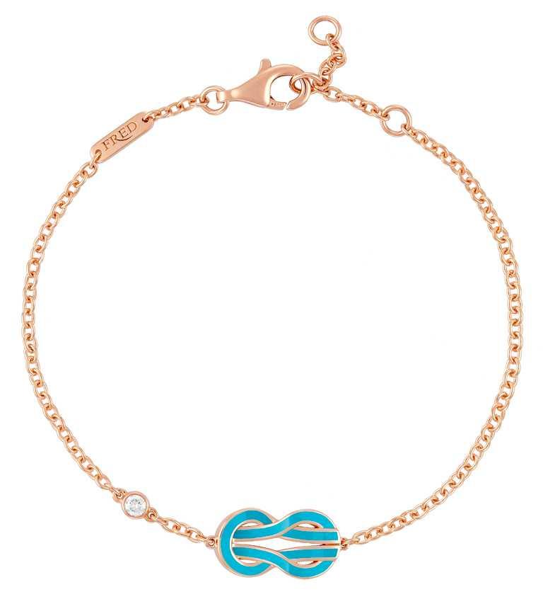 FRED「Chance Infinie系列」綠松石漆面玫瑰金手鍊,飾以 1 顆明亮式切割鑽石╱45,600元。(圖╱FRED提供)