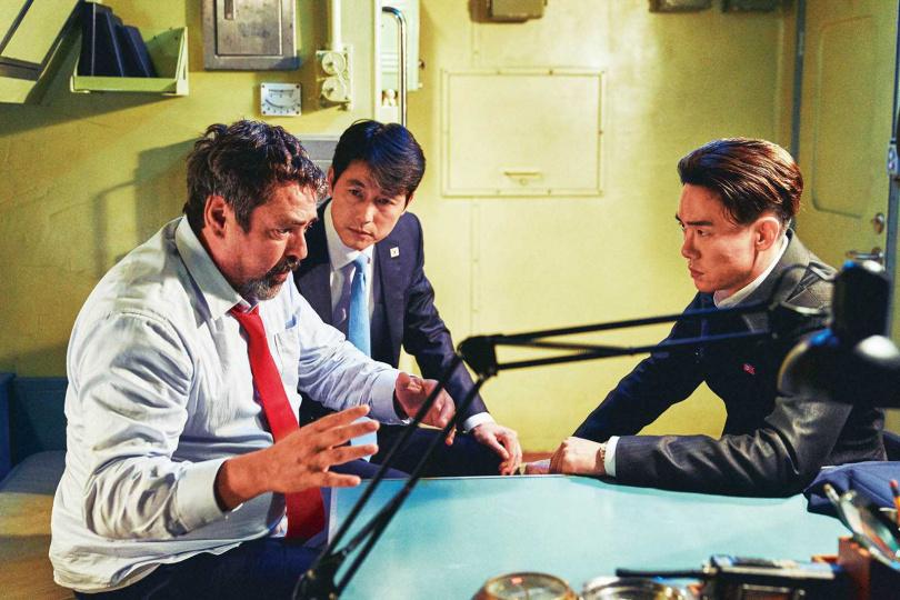由於去年美國總統曾分別與北韓領導人及南韓總統會面,鄭雨盛很擔心觀眾看電影時,會聯想到真實人物。(圖/甲上娛樂提供)