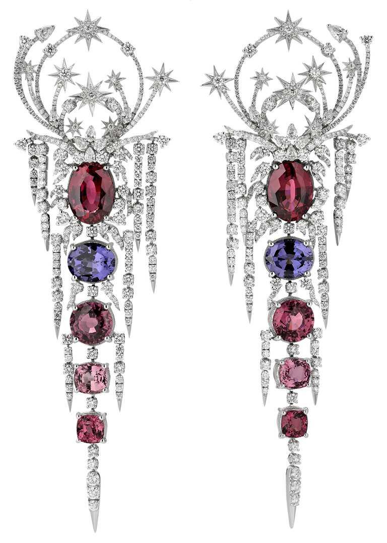 GUCCI「Hortus Deliciarum歡愉花園」系列高級珠寶,淡紫色粉紅色尖晶石白金鑲鑽耳環。(圖╱GUCCI提供)