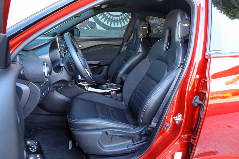 新一代Monoform跑格化座椅在乘坐舒適度及包覆性皆有上乘表現。