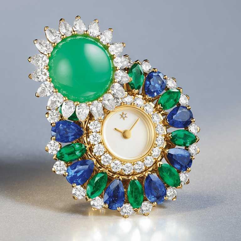 Van Cleef & Arpels「Rose de Noël」系列「Ludo Secret」腕錶╱8,200,000元。(圖╱Van Cleef & Arpels提供)