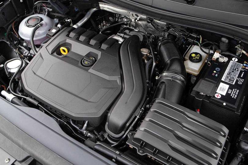 搭載1.5升直渦輪增壓引擎,可輸出150匹最大馬力與及25.5公斤米最大扭力。(圖/黃耀徵攝)
