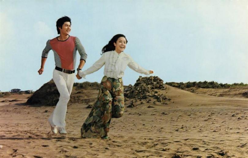 電影《彩雲飛》是1973年甄珍(右)與鄧光榮一起主演的。(圖/高雄市電影館提供)
