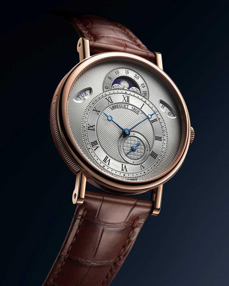 BREGUET「Classique經典系列7337月相腕錶」,18K玫瑰金錶殼,錶徑39mm╱1,388,000元。(圖╱BREGUET提供)
