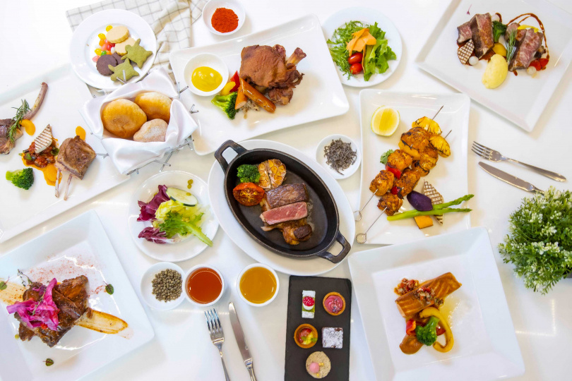 高達五十九種的主餐組合,讓你想怎麼吃就怎麼搭!(圖/六福萬怡酒店提供)
