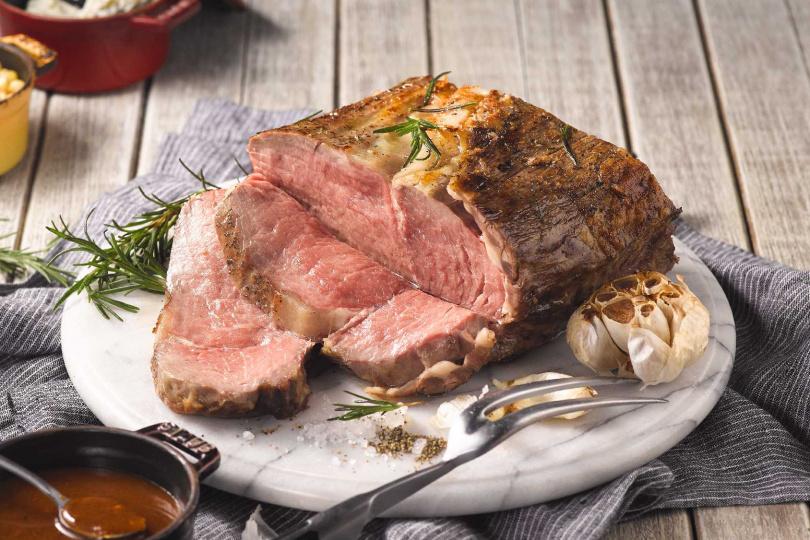 快發揮你的創意,將爐烤現切牛排大變身,就有機會獲得多項好禮。(圖/饗食天堂提供)