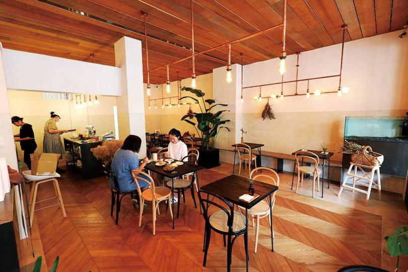 「香.甜生活」搬到台北市後,轉型成甜點教室、下午茶的複合空間。(圖/于魯光攝)