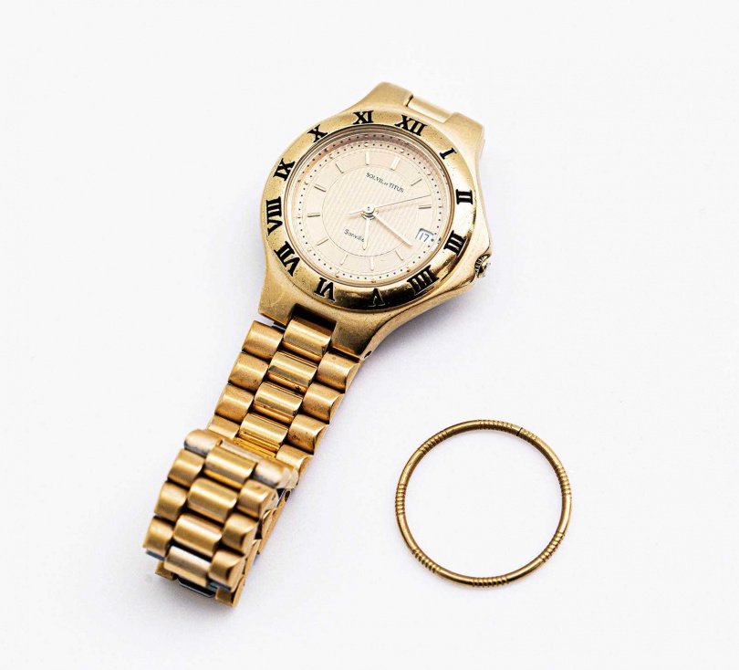 SOLVIL ET TITUS  Sonvilier腕錶(外婆贈送)、銅戒/500元。(圖/莊立人攝)