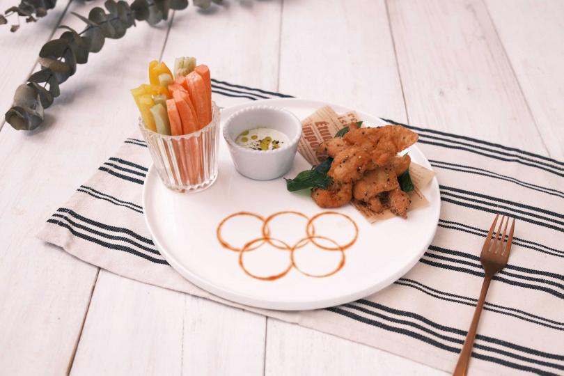 La Farfalla義式餐廳打卡即贈「奧運應援開胃小點」。(圖/寒舍艾麗酒店提供)