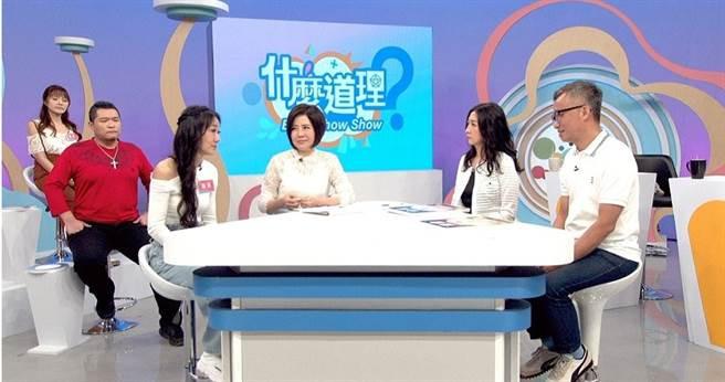 馬如龍四女兒詠淇,於《什麼道理?》節目與于美人暢談親人過世的後的心路歷程。(圖/東風衛視提供)