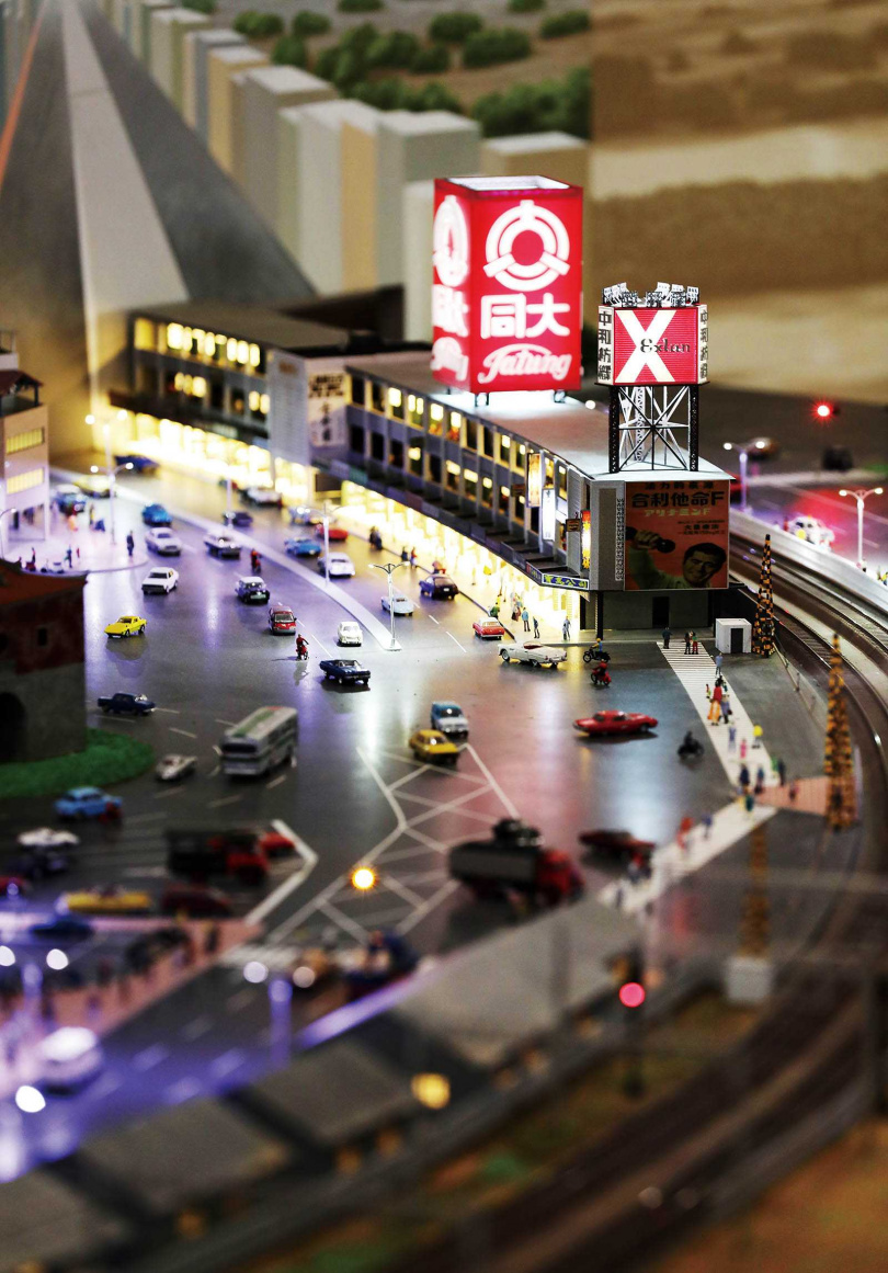 「鐵道動態模型常設展」栩栩如生地再現台北鐵路沿線的過往風華。(圖/于魯光攝)