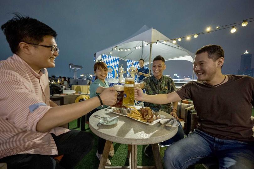 高雄英迪格酒店連續舉辦第三年的啤酒節活動,將從明(7日)展開。(圖/焦正德攝影)