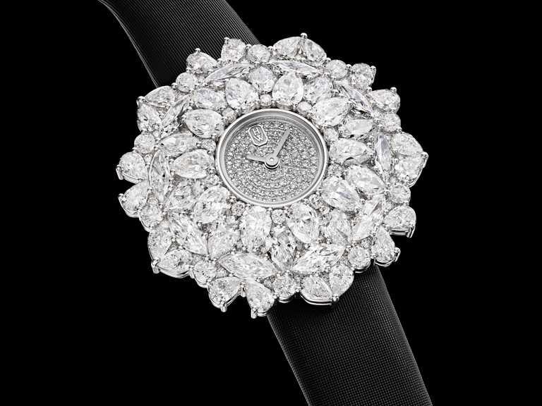 HARRY WINSTON「Kaleidoscope萬花筒」系列頂級珠寶時計,36mm,鉑金錶殼,石英機芯,鑽石255顆╱6,350,000元。(圖╱HARRY WINSTON提供)