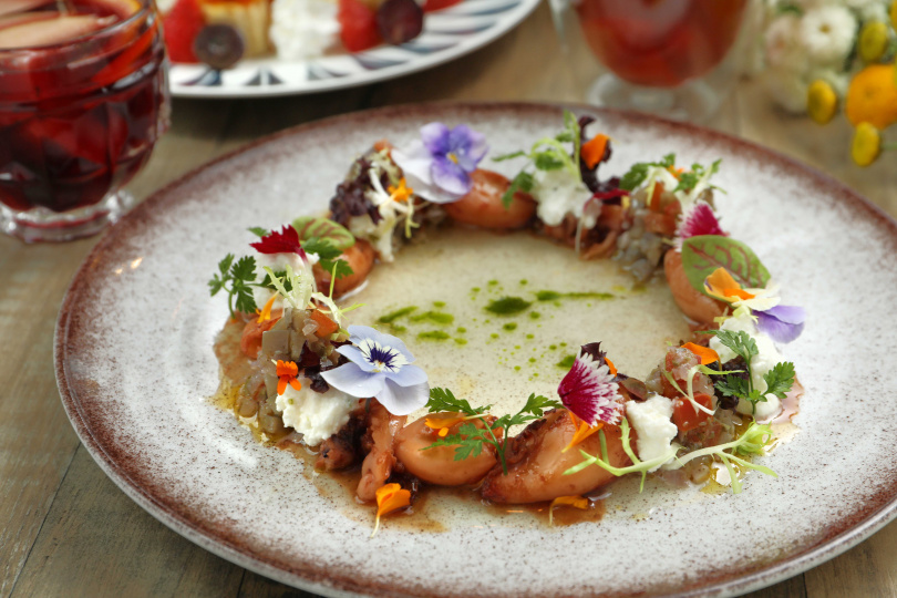 春意盎然的「寶寶小捲花園沙拉」,口感鮮美豐富。(180元)