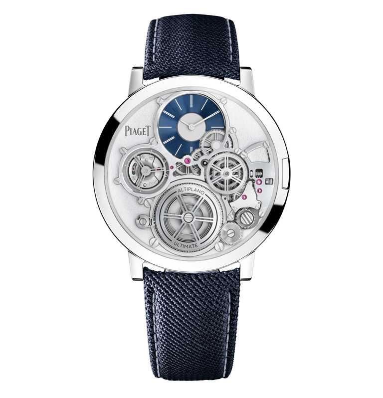 PIAGET「Altiplano Ultimate Concept終極概念腕錶」,鈷基合金錶殼,藍色橡膠錶帶╱12,300,000元。(圖╱PIAGET提供)